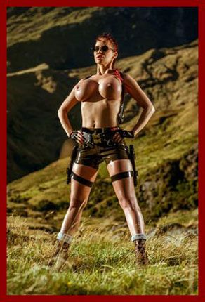 ILOVEBIANCA - Bianca Beauchamp - Latex Bianca in image Lara Croft | JPEG 2002x3000