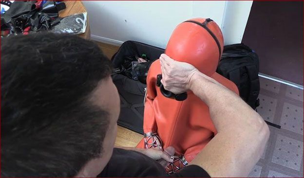 Serious Images - Mode Narr, Petgirl Kako - Adult bondage games [HD 720p]