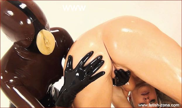 NastyRubberGirls - Lesbian with rubber vagina on face, fucks fingers her girlfriend [HD 720p]