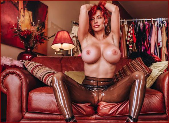 ILOVEBIANCA - Bianca Beauchamp - Fetish photos Bianca in latex | 2002X3000