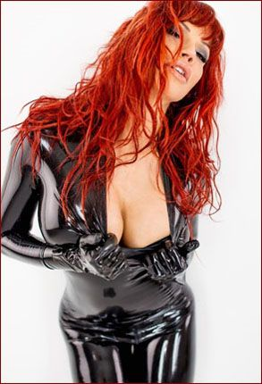 ILOVEBIANCA - Bianca Beauchamp - Redhead beauty in black latex [JPEG 2002x3000]