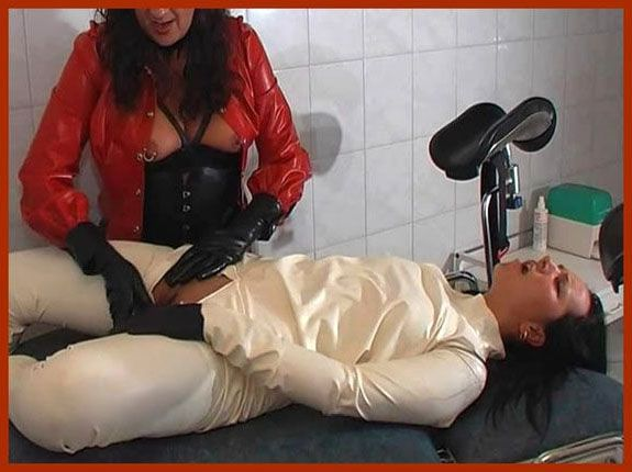 Spekula - Janique and the rubberslave | WMV 576p