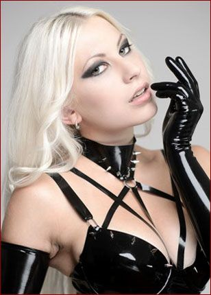 hot pic beautiful girls in latex