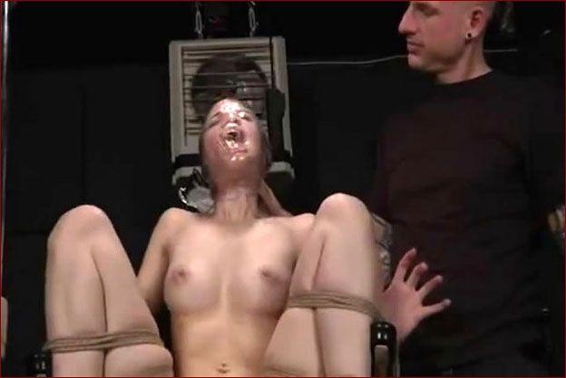 Bdsm breath play [MP4 480p]