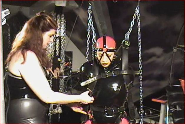 Amanda Wildefyre - Rubber straitjacket bondage [HD 720p]