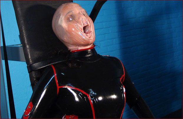 Vendetta Li - Breathplay porn photos [JPEG 1200x900]