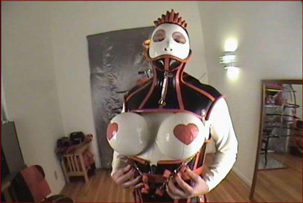 Castle Diabolica - Amanda Wildefyre - Mistress and Sissy slave [HD 720p]