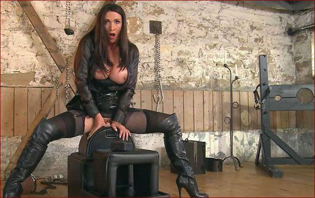 Miss Hybrid - Best female anal orgasm in barn [FULL HD 1080p]