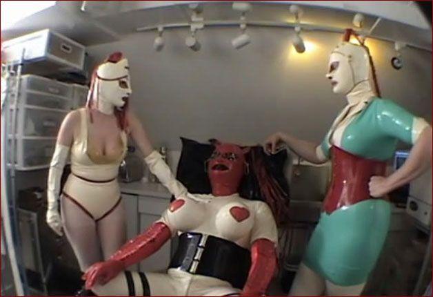 Castle Diabolica - Amanda Wildefyre - Nurse therapy sex in clinic [MP4 480p]