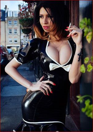 Lilly Roma - Smoking sexy lady in latex dress [JPEG 1024x680]