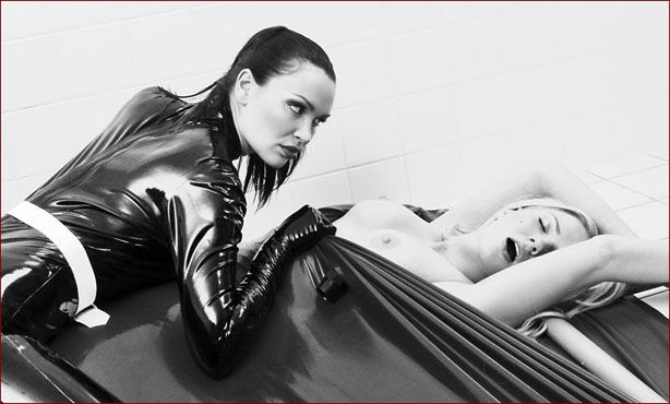 Ancilla Tilia, Marie Kalista - Vacbed porn photo [JPEG 1200x900]