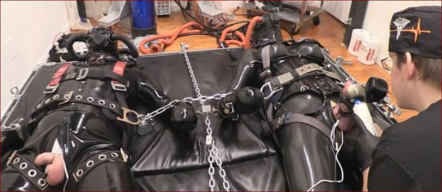 Serious Images - Fetish couple insulated in rubber [HD 720p]