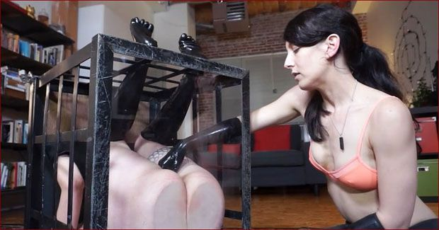 Elise Graves, Mercy West - Unique sexy videos with rubber slave [HD 720p]