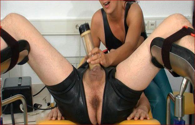 Spekula - Milking the penis in fetish clinic [FULL HD 1080p]