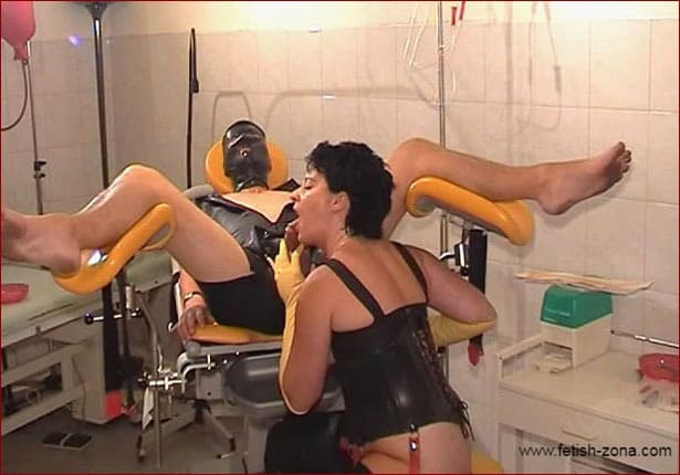 Spekula – Fisting and blowjob in fetish clinic PT2 [MP4 576p]