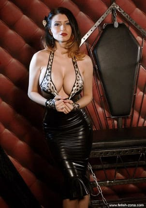 Lilly Roma - Sexy goddess in latex dress [JPEG 680x1024]