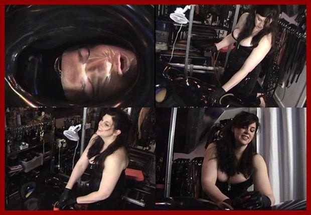 Castle Diabolica - Amanda Wildefyre - Mistress and slave in rubber bag [MP4 480p]