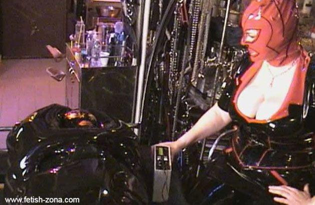 Mistress Amanda Wildefyre - Porn slavery in rubber bag [HD 720p]