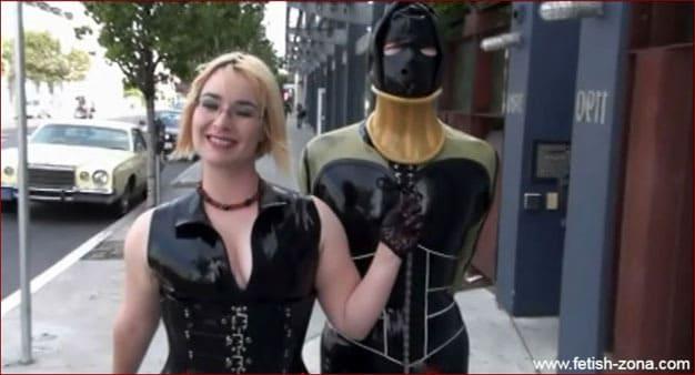 Mistress Alice - Fetish walking in rubber straitjacket [MP4 480p / Alice in BondageLand]