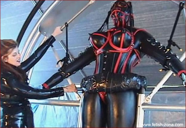 Castle Diabolica - Amanda Wildefyre - RubberDoll at Unusual Workout with Ms [MP4 480p]