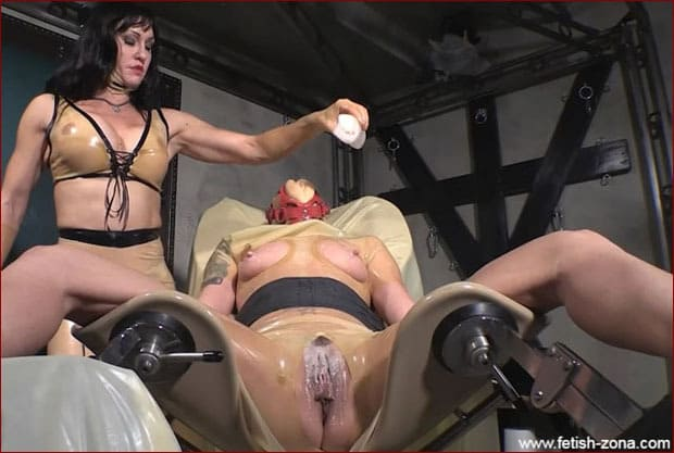 Mistress Miranda - Transparent Latex Bondage from Muscle Mistress [HD 720p]