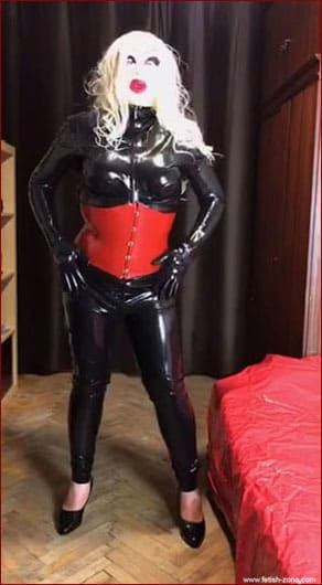 Amateur - Home fetish videos with latex Sissy from Russia [MP4 640p]