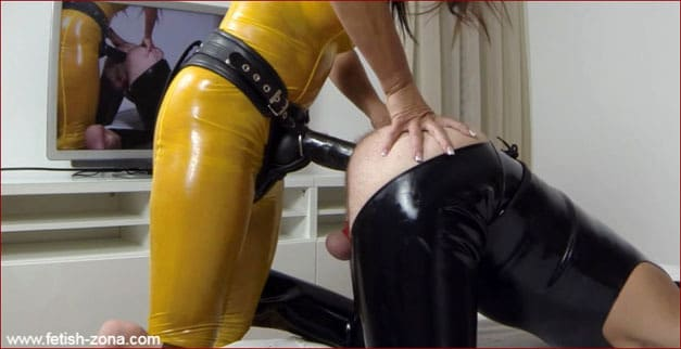 Brutal strapon ass fuck from Mrs in yellow latex [FULL HD 1080p / Femdom - Strapon - Fisting]
