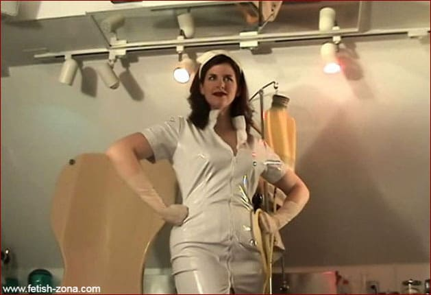 Video cutting with Mistress Amanda Wildefyre [MP4 480p]