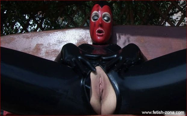 Vagina Demonstration From Lady In Black Latex [FULL HD 1080p / Femlatex]