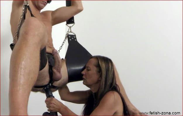 Kinky Mistress penetrates slaves ass [FULL HD 1080p / Femdom - Strapon - Fisting]