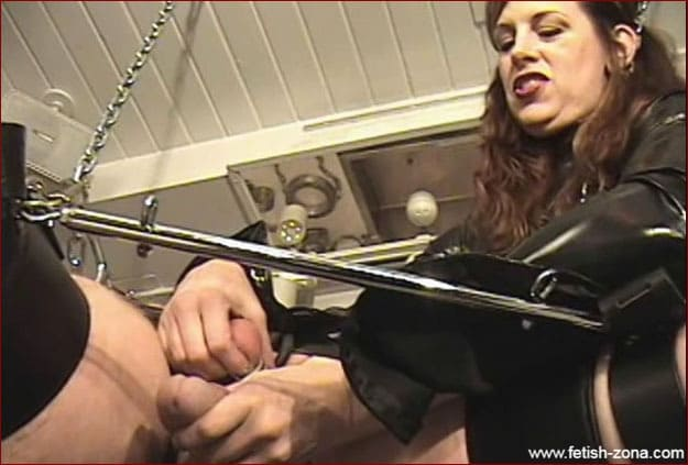 Anal torture videos with harsh Mistress Amanda Wildefyre [MP4 480p / Castle Diabolica]
