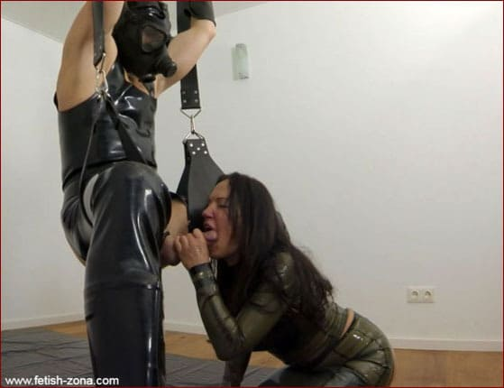 Femdom Handjob and Blowjob [FULL HD 1080p]
