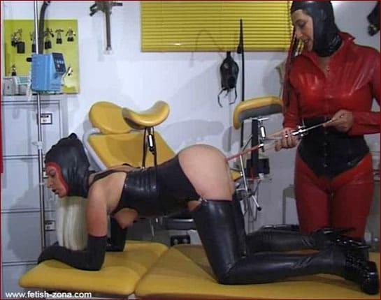 Kinky fetish enema porn play in rubber [WMV 576p]