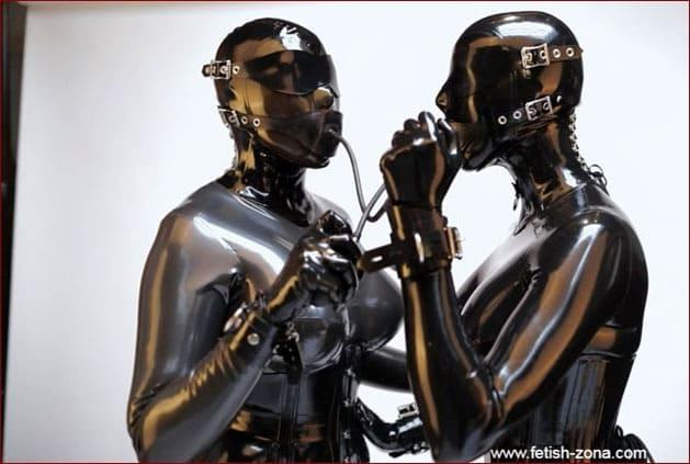 Vespa, Pervology - Lesbians gagged and in black latex [FULL HD 1080p]