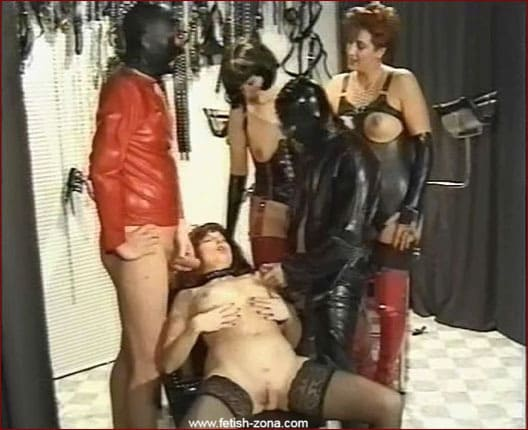 Perverted evening with two rubber slaves [WMV 576p]