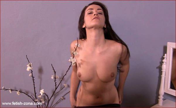 Clip fetish from Pornstar Sarah from Czech Republic - FULL HD 1080p