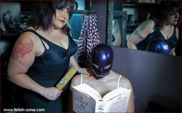 Mistress Simone on latex and leather fetish pictures - JPEG 1536x2048