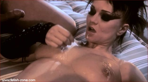 Babe in heels getting fucked hard by 2 slaves - HD 720p