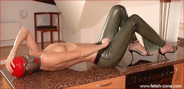 Hanka - Brunette with small boobs on fetish photos - JPEG 1488x2240