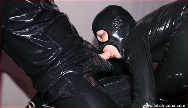 Real sex in latex on porn pics - JPEG 2240x1488