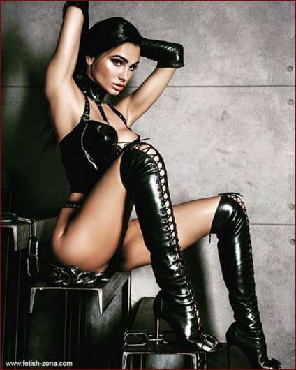 Enna Divine - Latex fetish pics young femdom - JPEG 533x800